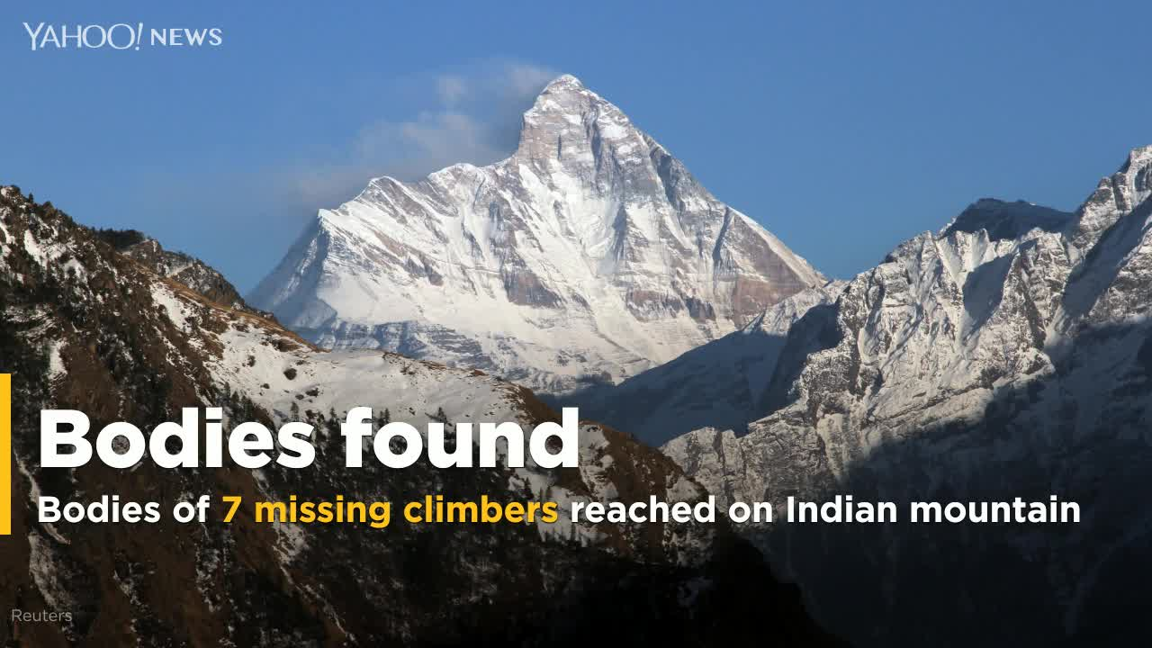 Indian soldiers recover bodies of 7 missing mountaineers